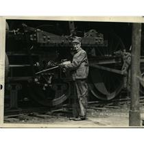 1921 Press Photo Train Engineer John Lacey - nex97948