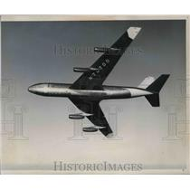 Press Photo Aircraft approaches vicinity of observation post - neb39502