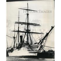 "1932 Press Photo Rear Admiral Richard E Byrd's ship ""Bear"" - spx01291"