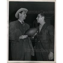 1945 Press Photo Sammy Baugh & Steve Bagarus Washington redskins players