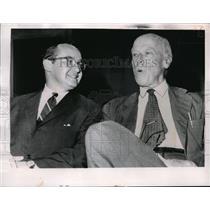 1964 Press Photo Newton Minow chairman of FCC & Socialist candidate Norm Thomas