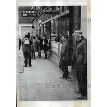 1968 Press Photo Reporters listen to Congresswoman Edith Green Skid Road hotel