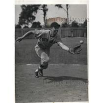 1934 Press Photo Boll Webber infielder at Boston Red Sox spring training