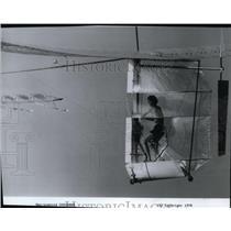 1979 Press Photo Man-powered Gossamer - spx03667