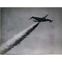 1946 Press Photo Jet Propelled Lockheed P-80 SHooting Star Zooms - spx03814