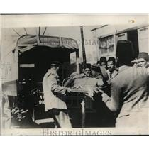 1930 Press Photo Cairo Egypt man injured in student riots vs Britain - ney01217