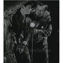 1964 Press Photo Bryan Russell & Walter Slezak in Emil & The Detectives