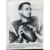 1967 Press Photo Quarterback Gary Cuozzo of Baltimore Colts Traded to Saints