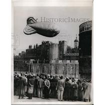 1938 Press Photo Balloon Barrage Ascends Over Tower of London England