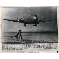 1949 Press Photo Douglas Aircraft's Giant C-124 Globemaster II Leaves The Runway