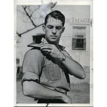 1937 Press Photo Cecil Travis of Washington Senators - cvs03345