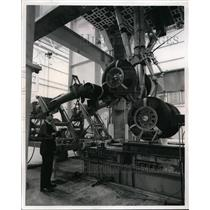 Press Photo Boeing 747 Landing Gear Mounted for Drop Test at Test Center Clevel