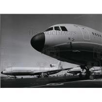 1976 Press Photo Airplane Cargo L-1011 Tri Star Jetliner - spx03824