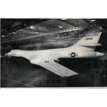 Press Photo Full-sized mockup of B-1 Air Force Strategic Bomber - spx03212