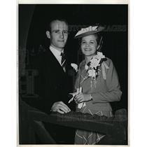 1940 Press Photo Katherine Wilson TWA Sweetheat of Air & John Milmer pilot