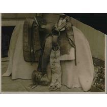 1923 Press Photo An old Spanish style saddle on display - neb67091