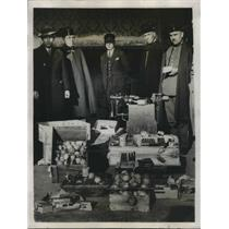 1933 Press Photo Police of Barcelona discovered a secret arsenal of Bomb