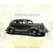 1937 Press Photo 4 Door Sedan of New Dodge Line  - ney02061