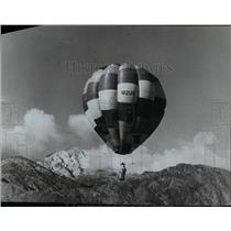 1971 Press Photo Hot air balloon - spx04999