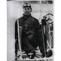 1961 Press Photo Cal Rodgers in cockpit of his biplane - spx05392