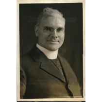 1927 Press Photo Rev.Father J.B.Macelwane of St.Louis Univ.experts on Earthquake