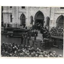 1927 Press Photo Funeral at St James Episcopal Church in Chicago