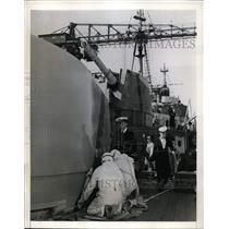 1941 Press Photo Mare Island CA Lt Andre Margal of British cruiser Liverpool