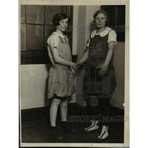 1927 Press Photo Grace Kieler with Ruth Stultz - nex37882