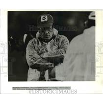 Press Photo Coach Walt Michaels watching his New York Jets loose - ora62089