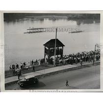 1937 Press Photo Navy crew wins Adams Regatta vs Harvard & Penn in PA