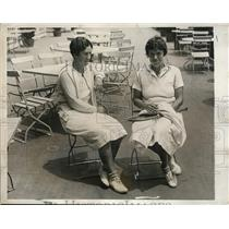 1951 Press Photo Two unknown female tennis players