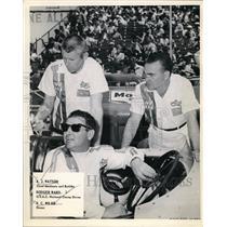 1950 Press Photo AJ Watson mechanic, Rodger Ward driver & RC Wilke owner at race