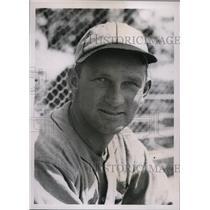 1936 Press Photo Ed Heusser pitcher at St Louis Cardinals training Bradenton Fla