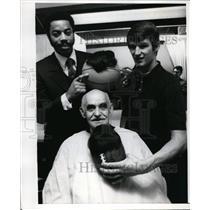 1970 Press Photo NY Knicks Walt Clyde Frazier, Mike Battle, Oaul Horowitz