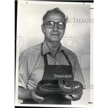 1982 Press Photo Dominic Pimeok - cva19408