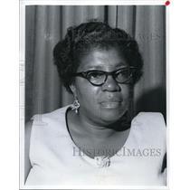 1971 Press Photo The C.MH.A. Board member Mrs. Joshua Hall - cva16125