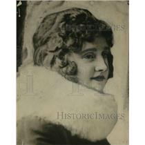 1916 Press Photo Dolores Evens - cvp12057