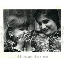 1979 Press Photo Little Kelle hanna and Clara Kelemen - cva17213
