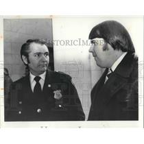 1980 Press Photo Paul Jurcisin with Timothy Marshall at the city hall