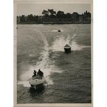 1926 Press Photo Boat Bulldog competes at Duke Meadows Chiswick races
