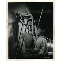 1950 Press Photo Oscar Karker on Ladder & LW Becj with Blueprints of Navys Airsh