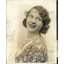 1931 Press Photo Actress Marcella Shields on NBC network - ned59364