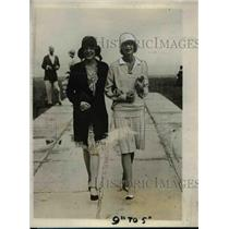 1928 Press Photo Florence Trumbull daughter of Conn.Governor with Betty Randle