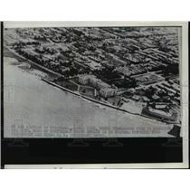 1940 Press Photo Aerial Vie of A City - nee90647