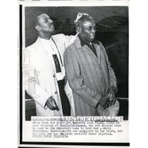 1957 Press Photo Rev FL Shuttlesworth & injured Charlie Robinson - nee88755