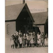 1921 Press Photo Ora, Indiana school children