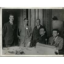 1928 Press Photo Radio Operators At The Meeting - nee96843