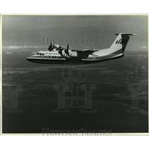 1983 Press Photo The deHavilland Dash 7, a turboprop passenger plane - mja01509