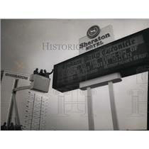 1977 Press Photo The Spokane Daily Chronicle digital sign - spa23141