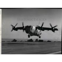 1964 Press Photo First Flight of Tri-Service XC-1424 V STOL - spa22028